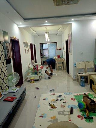 出售商河尚河丽景小区2室1厅1卫93m²精装修